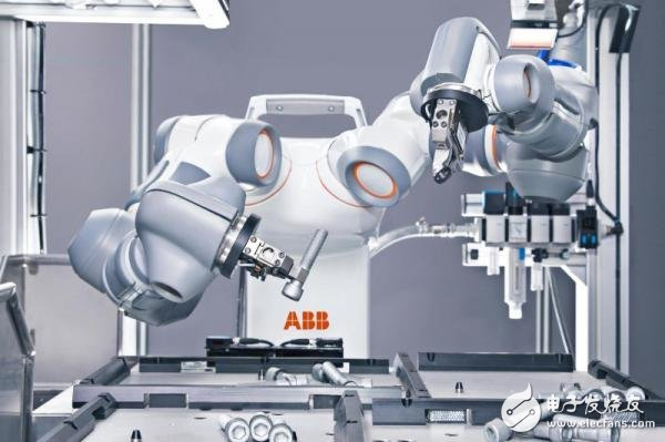 中国工业机器人预计2018销量将达到14.7万台...