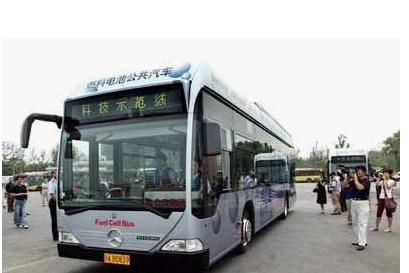 AKASOL第一代电池系统:为奔驰公交车而研制,...