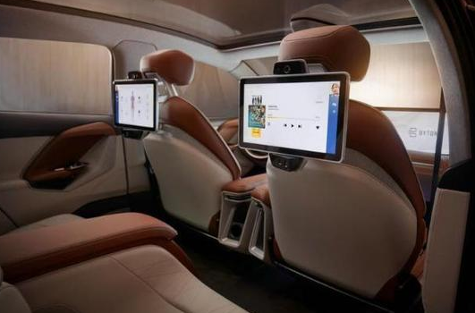 车载显示屏发展史及未来发展理念