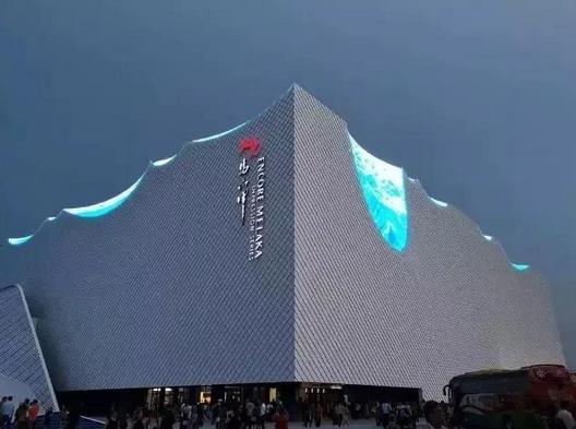"""LED显示屏创新性应用,成为""""又见马六甲""""剧院的..."""