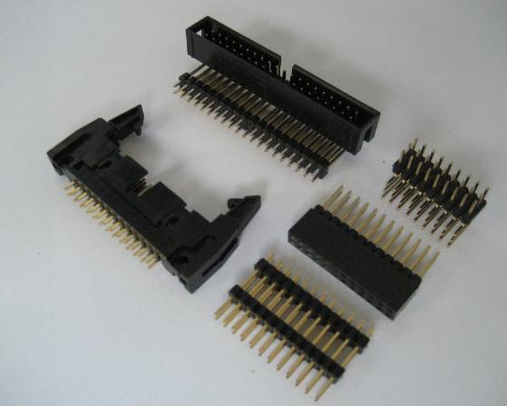 航空电子推出适用于小型便携终端的小型堆叠式板对板...