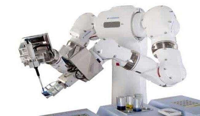 工业机器人产业转型升级,国产机器人该如何去占岭先...
