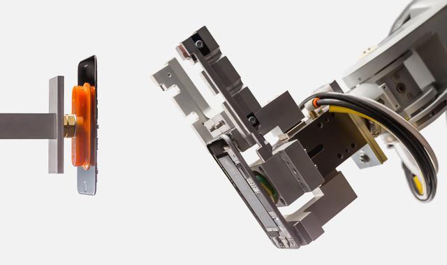 看看苹果官方是如何拆解手机的