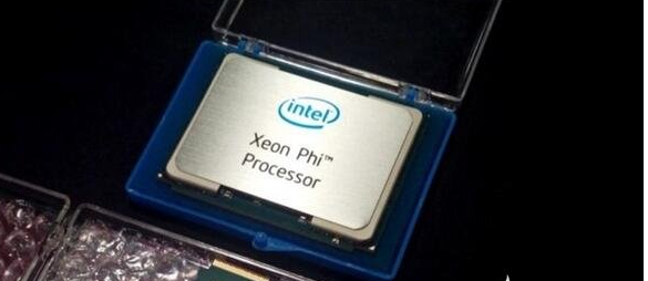 Intel三款Xeon Phi 7200加速卡被...