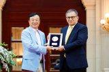 华为为5G极化码(Polar码)发现者、土耳其Erdal Arikan教授颁发特别奖项