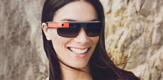 谷歌宣布,谷歌眼镜将强势回归,功能更强大