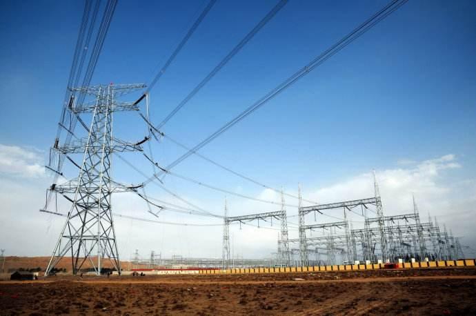藏中联网工程沃卡变电站成功带电,将于8月初实现全面投运