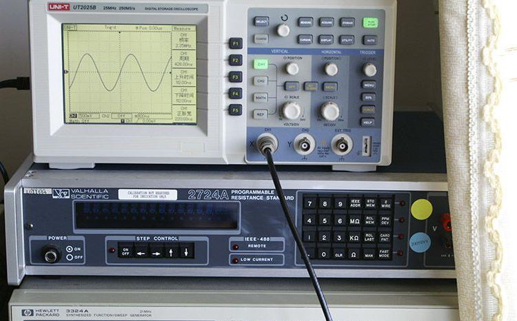模拟示波器怎么看频率,模拟示波器频率计算