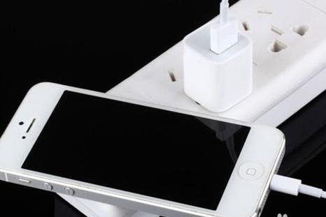 怎样给新手机充电最好?怎样给手机充电最科学?