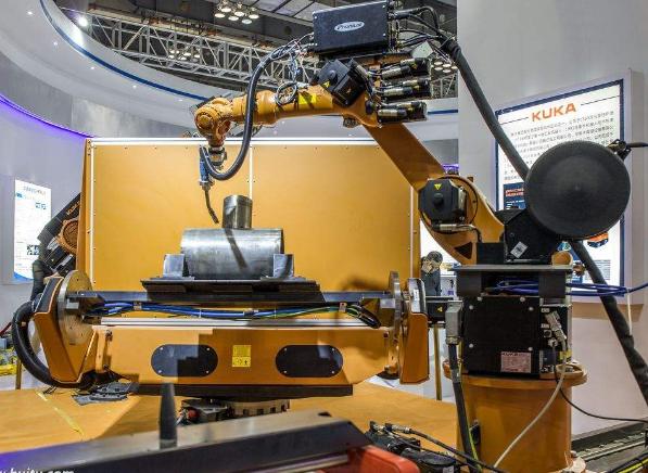 广汽向库卡订购430台工业机器人,用于大规模生产电动汽车