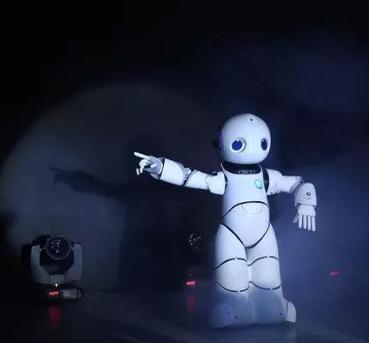 人工智能产业发展迅猛,应用范围广