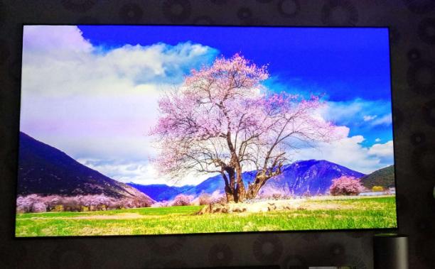 大尺寸液晶面板大幅度降价,激光电视将面临巨大的压力