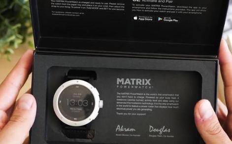 这款黑科技智能手表了解一下,竟用温度充电