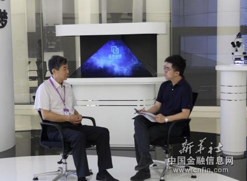 紫光集团总裁刁石京如何看待集成电路产业人才匮乏这一问题?