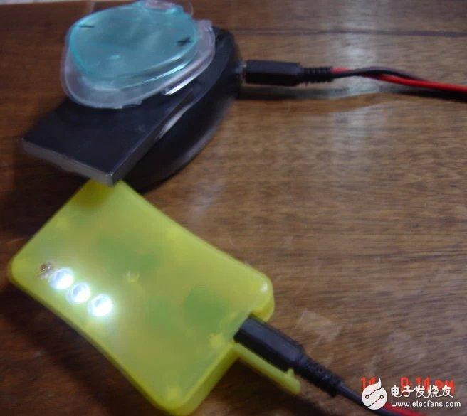 如何制作一个电量指示器?