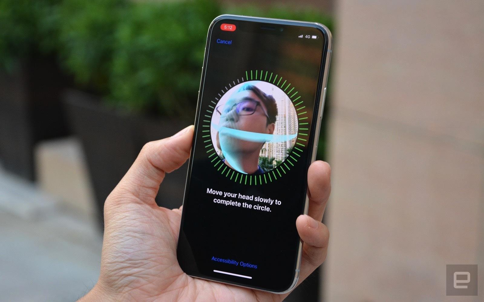 iPhone X的Face ID为什么不能授权家庭共享帐户?原来国外也有熊孩子