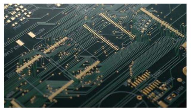 PCB生产制作的7个可行性工艺详细分析