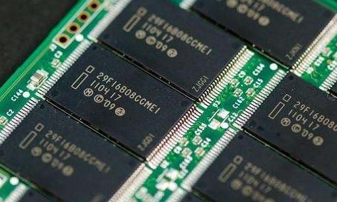 历史上第一次,DRAM内存芯片产业总价值突破1000亿美元大关