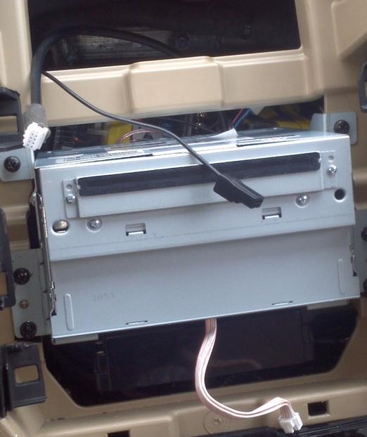 汽車安裝分頻器圖解