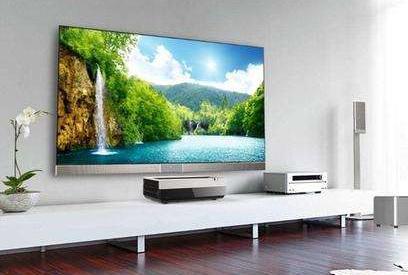 激光电视不计成本的下赌注,加速消费者对激光电视的认知的同时刺激销量