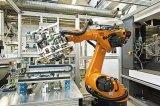 工业long88、PLC与自动化三者之间有什么关系?