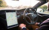 特斯拉如何正确引导用户使用Autopilot?