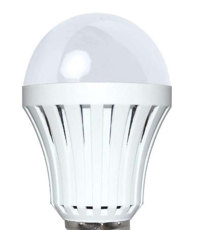 新技术:LED灯可代替无线电波传输大量数据