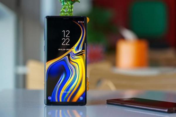 再现地表最强屏幕,三星Note 9破11项纪录称...