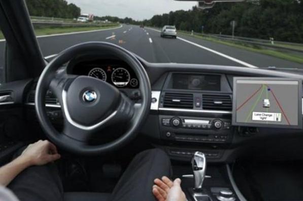 自动驾驶汽车要实现落地应用,还有这三个问题需要解决!