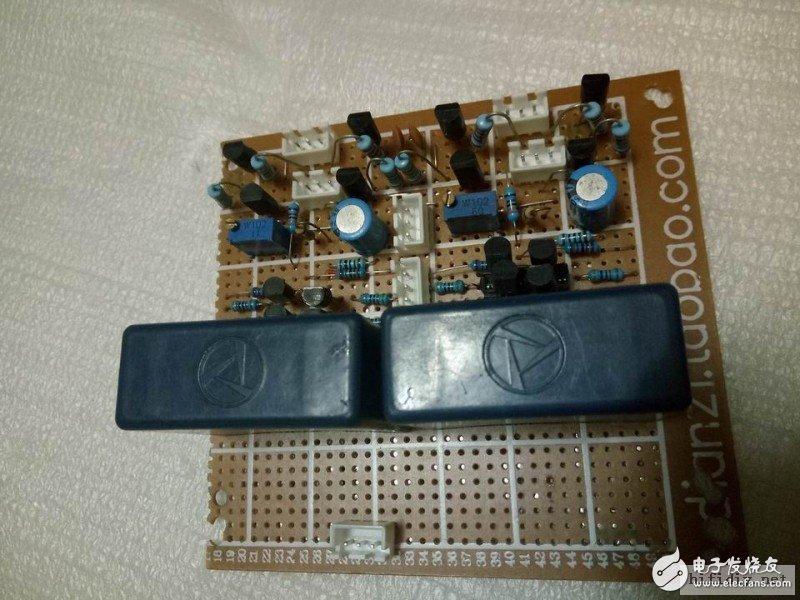 温补管,信号输出,电源都要插座连接,不是很可靠。