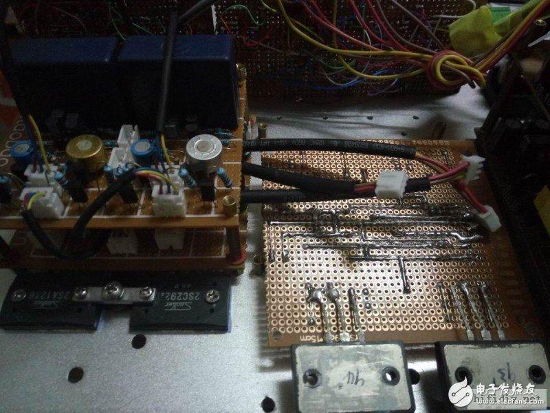 主副电路板安装。