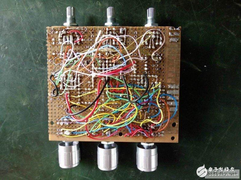 DIY低音炮镇镇楼 15寸低音炮音箱图纸与电路设计分享