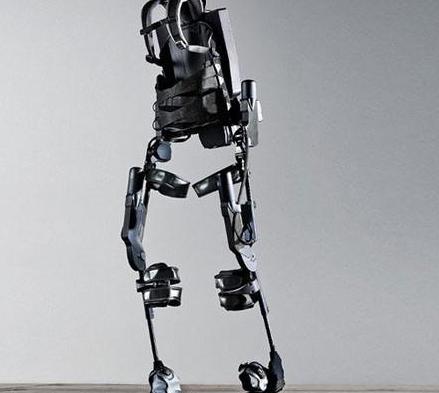 我国研发出第四代外骨骼机器人
