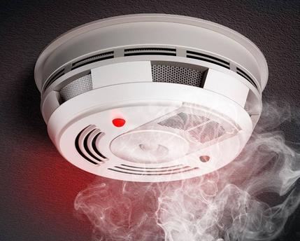 烟雾报警器闪红灯的解决办法详解