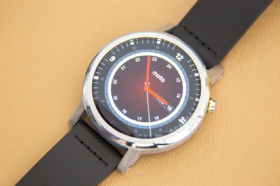 moto360二代评测 当时最小巧智能手表