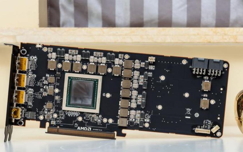 史上最豪华!AMD全新旗舰卡最全评测