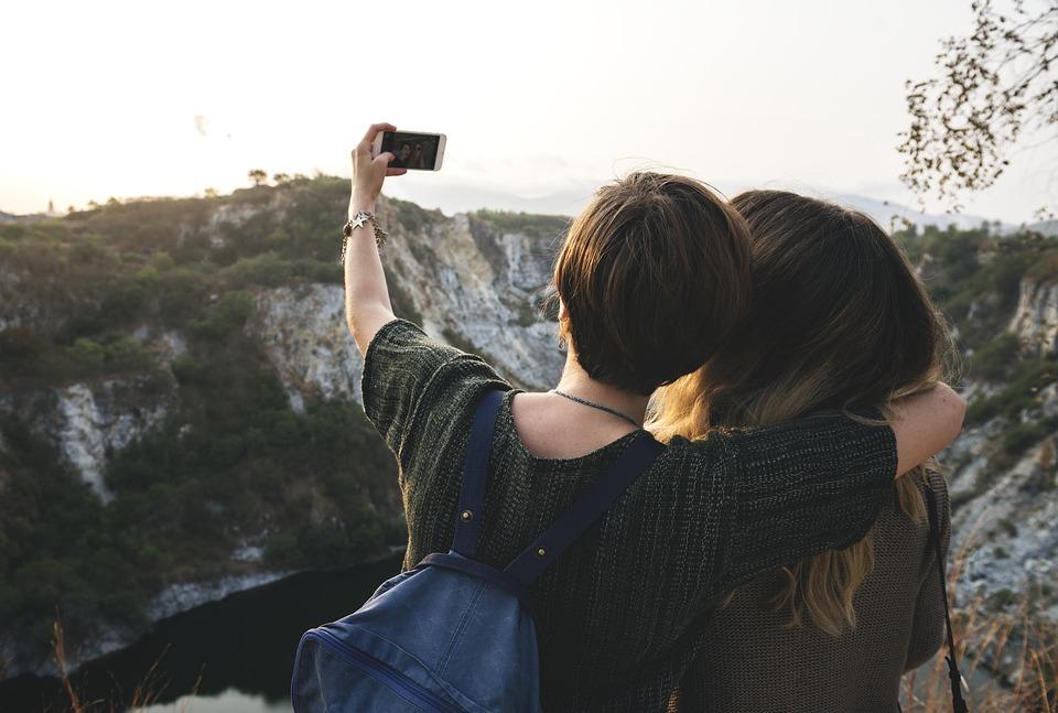 荣耀月光棒评测 手机相机的最好搭档