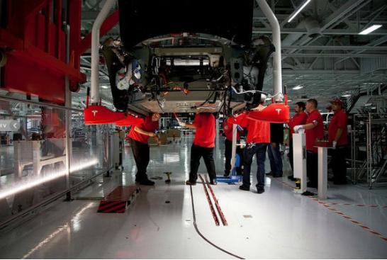 """特斯拉86%的车辆需要""""回炉返工"""",首次合格率约..."""