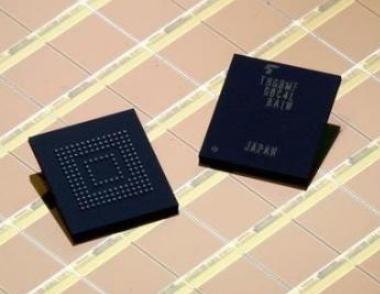 使用基于其Arria 10 SoC的存储参考设计,NAND闪存的使用寿命将加倍