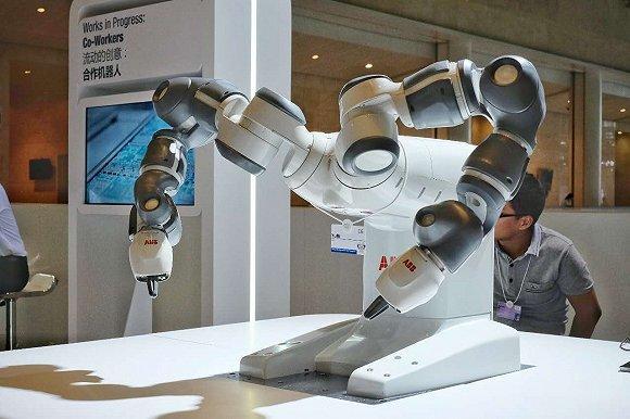"""协作机器人,从""""设备""""到""""伙伴"""""""