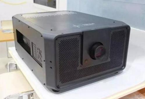 我国首款自主研发激光数字电影放映机亮相 预计在2019年第二季度投入生产