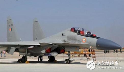 印度四平台通用神器布拉莫斯巡航导弹将在2019年...