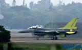 台湾升级F-16V战机试飞成功却是冤大头?花费5...