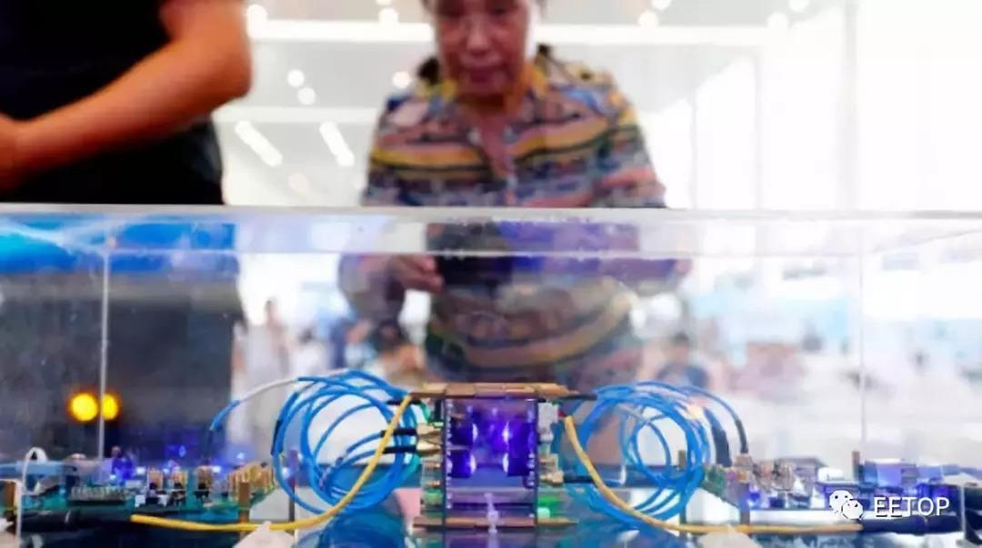全球首款超宽带可见光通信芯片组亮相,为5G提供室内通信保障