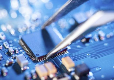 南亚科完成首颗自主研发的20nm制程8Gb DDR4 DRAM,重返PC市场