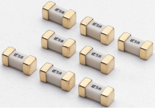 贴片保险丝额定电压和电流如何选择