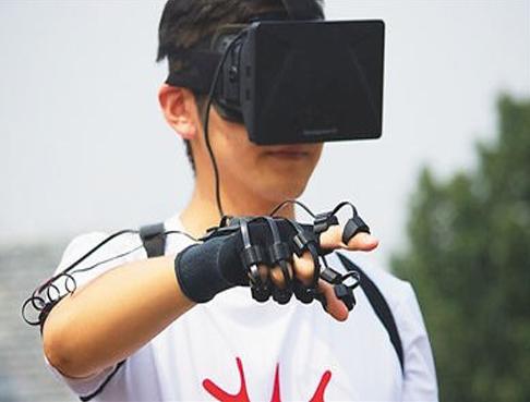 智能可穿戴设备正引领下一轮的创新热潮,带动人类与技术交互