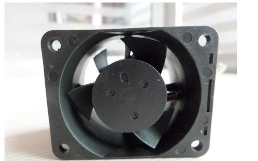 70X70的散热风扇的资料和安装详细概述免费下载