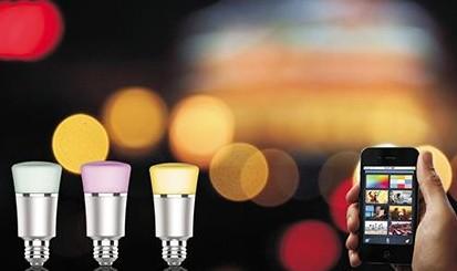 将LED及传感器与纤维纺织品纤维融合,开发新型可...
