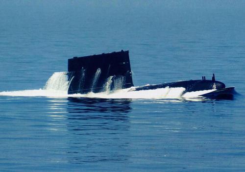 """科研人员开发出""""TARF""""系统,可实现水下潜艇与飞机的直接通信"""